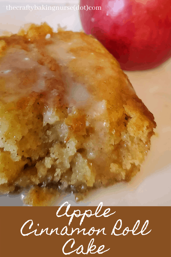 Apple cinnamon roll cake
